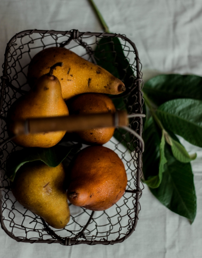 Pears in a basket for gluten free pear tart | fit for the soul