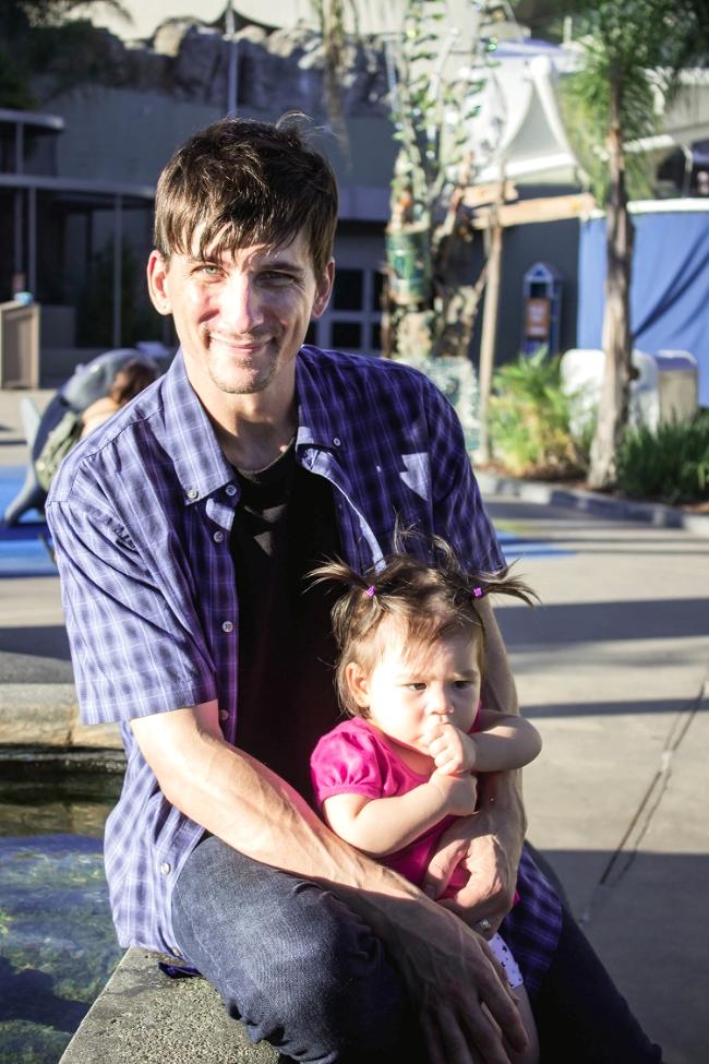Selah and daddy at Long Beach Aquarium | fit for the soul
