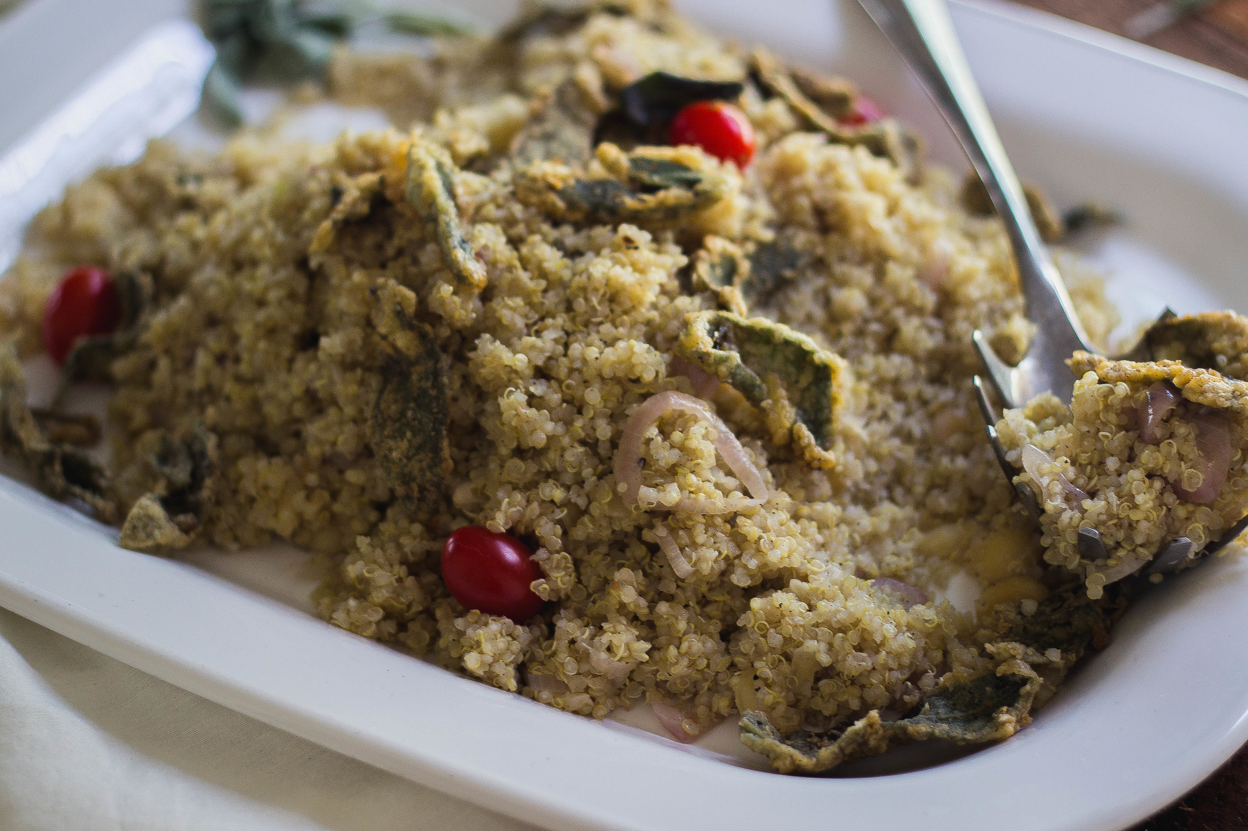 Creamy quinoa with macadamia and fried sage | by fit for the soul