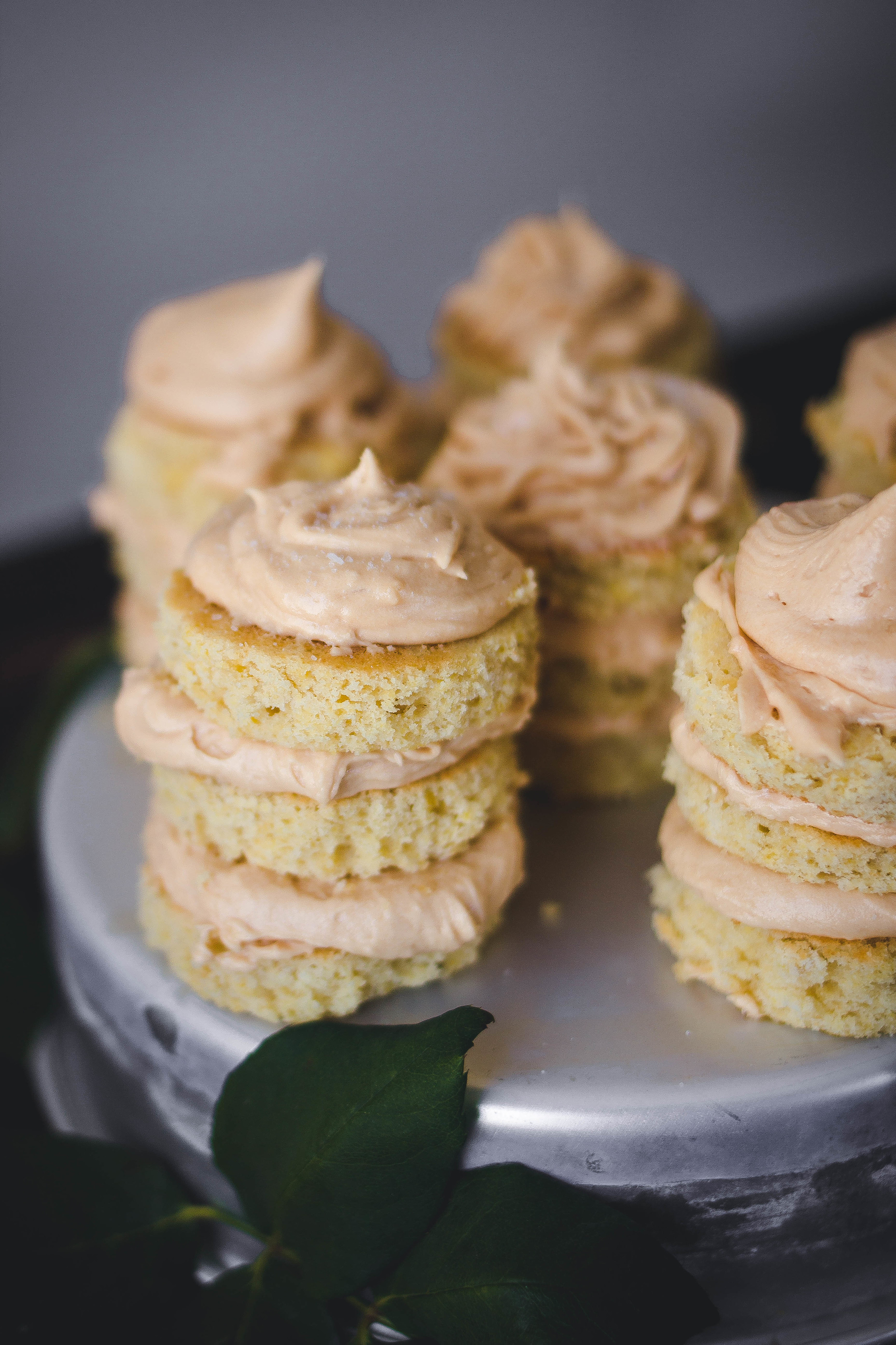 Mini Cakes with Dulce de Leche Buttercream Frosting for Spring | by fit for the soul