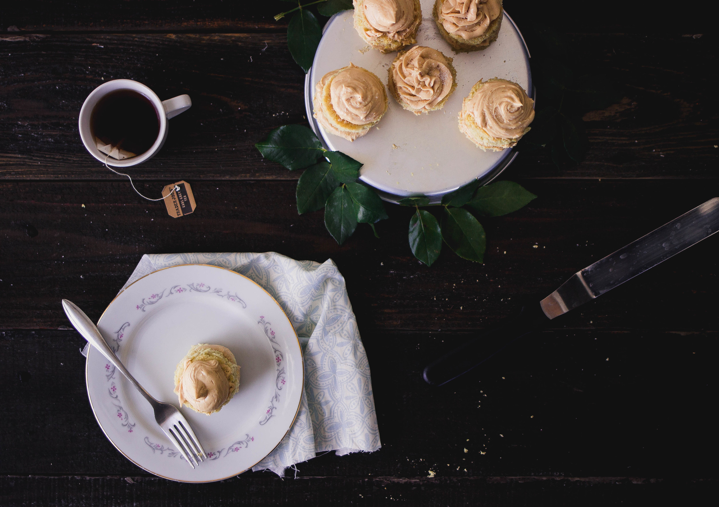 Mini Cakes with Dulce de Leche Buttercream Frosting | by fit for the soul