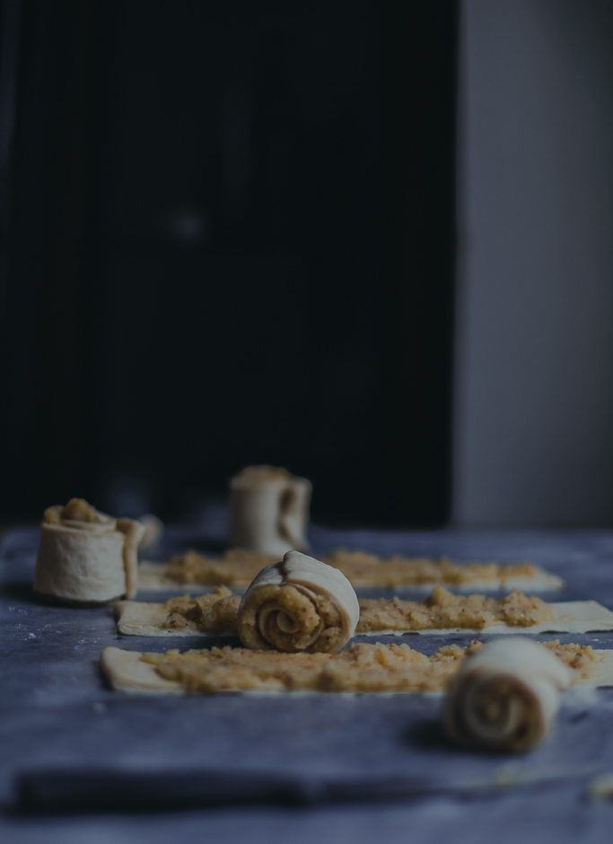 yeast buns in the making | from scratch, mostly blog