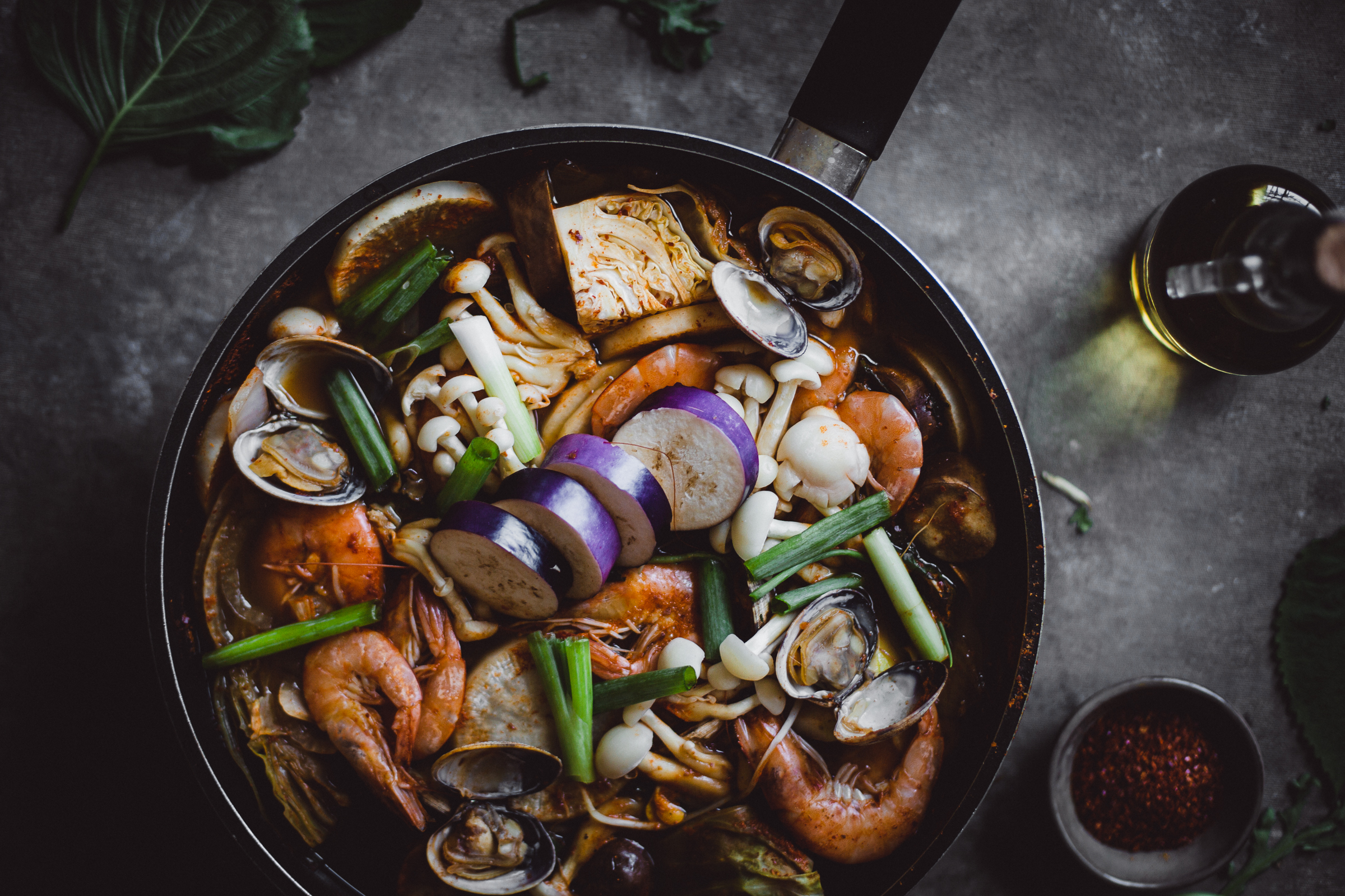Korean seafood stew Maeun-tang 매운탕 recipe | from scratch, mostly blog