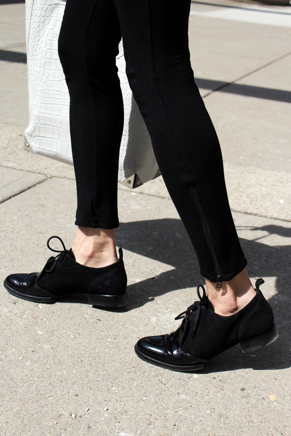 WoahStyle.com | Alexander Wang oxfords and Prisma Tote