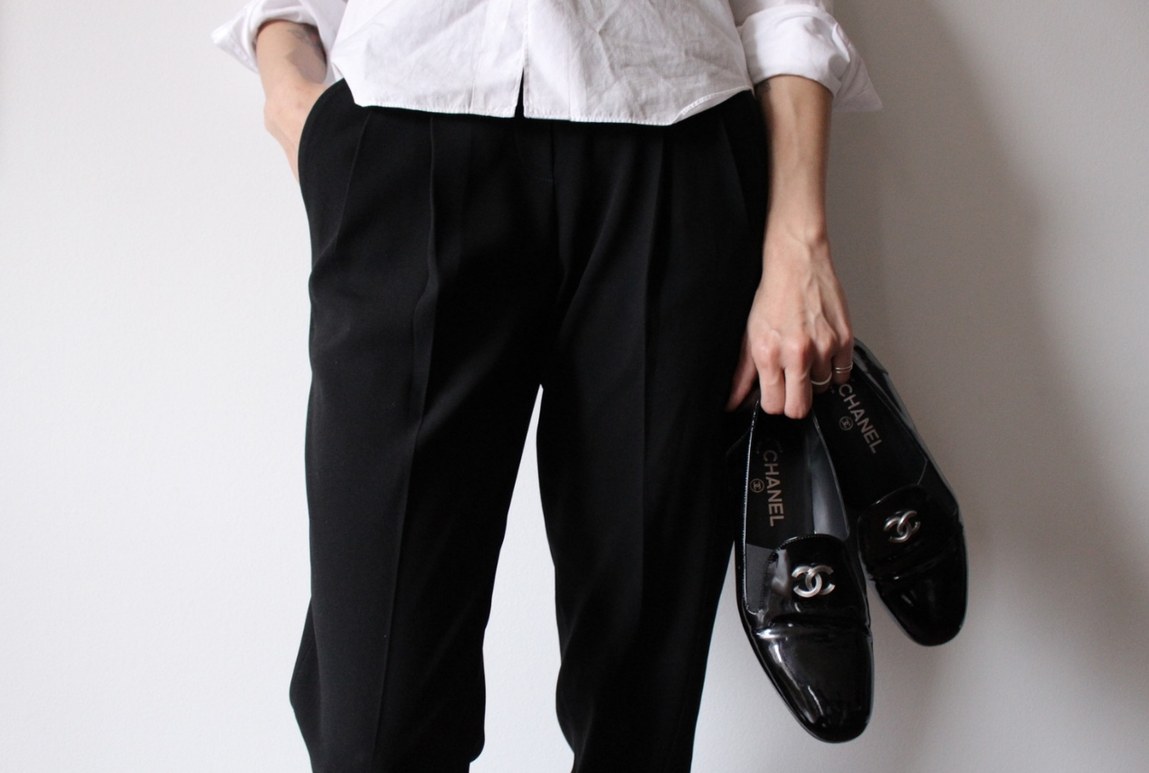 WoahStyle.com | Comme des Garcons PLAY white button up shirt, black cropped pants and Chanel patent leather moccasin loafers