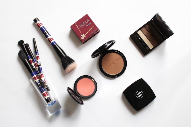 WoahStyle.com | Favourite Makeup for December, Sonia Kashuk brushes, Benefit Hoola Bronzer, Edward Bess bronzer, Chanel blush, Stila Coral blush, Edward Bess eye trio