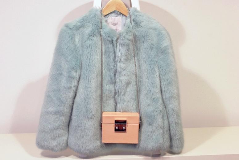 WoahStyle.com| Zara faux fur and pink box bag