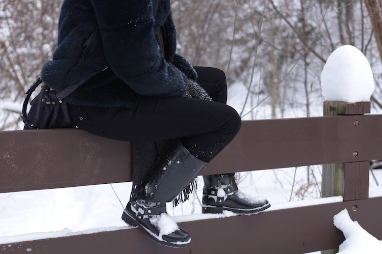 WoahStyle.com | Snow Style, Zara faux fur and rubber boots