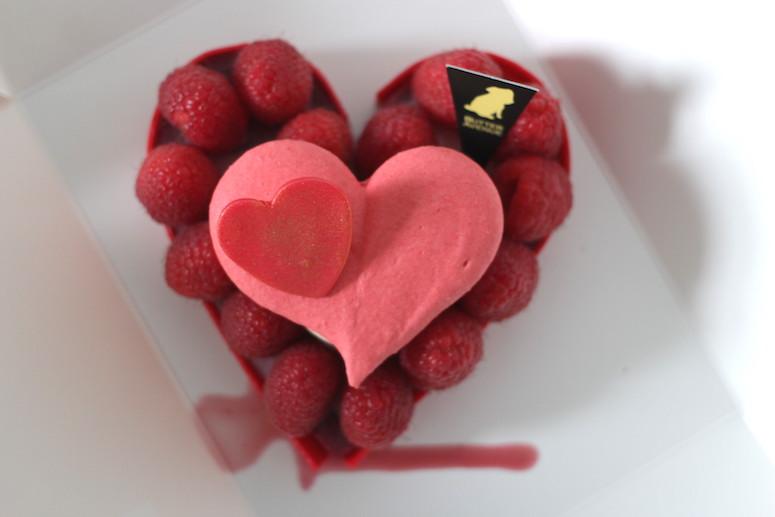 WoahStyle.com x Butter Avenue heart shaped French Macarons