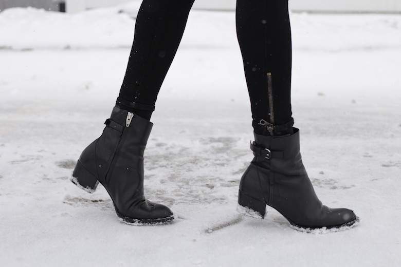 WoahStyle.com | Black ankle boots from Alexander Wang