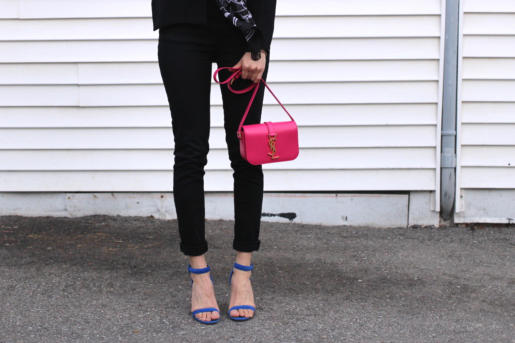 WoahStyle.com | Jbrand black skinny jeans, Saint Laurent YSL monogram cross body bag in pink, bright blue Alexander Wang Antonia heel sandals #streetstyle_0575.JPG