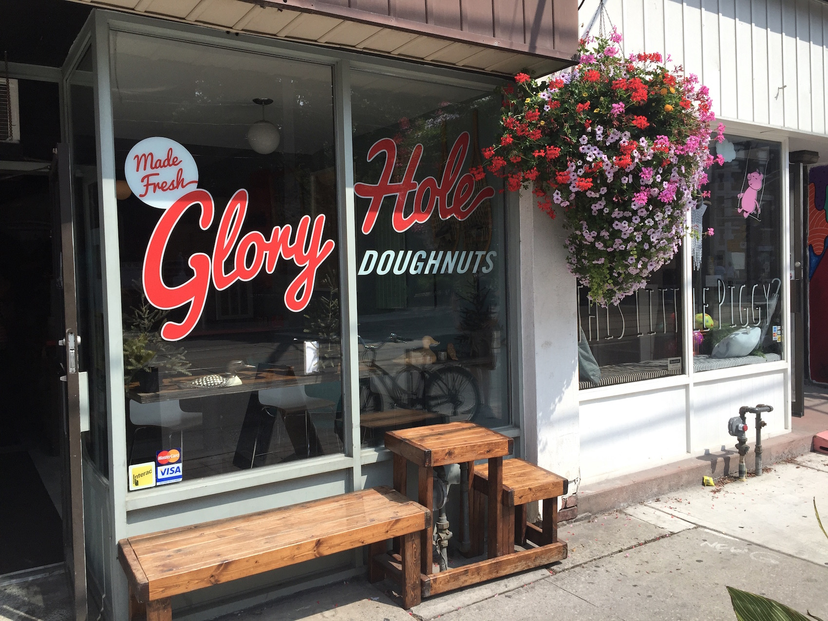 WoahStyle.com_Best of Toronto Mini Food Tour-Diary_Best Handmade Donuts_Glory Hole Donuts_vegan_4374.jpg
