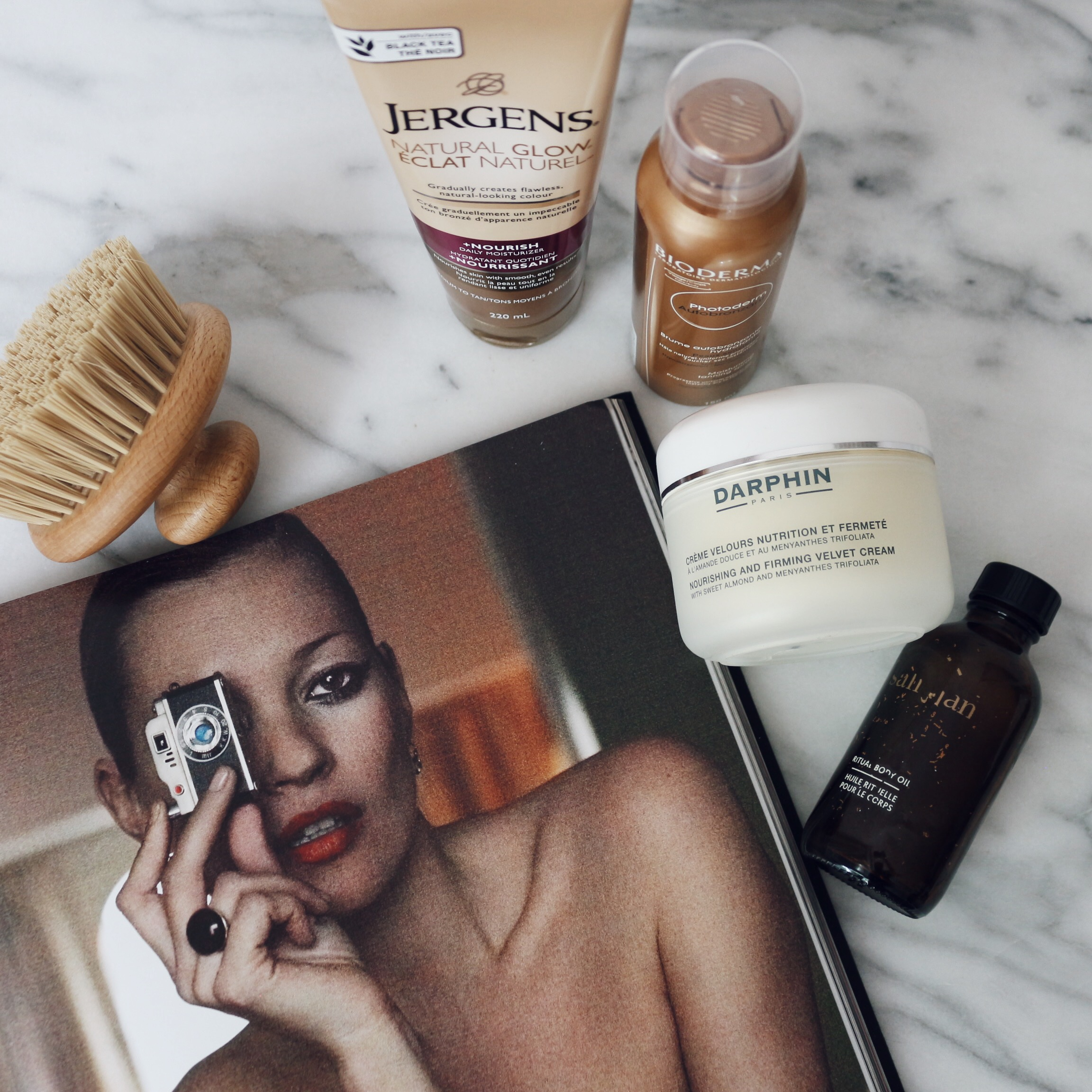 WOAHSTYLE.COM-How To Fake the Perfect Tan-Faux Tanning Week_7659.JPG