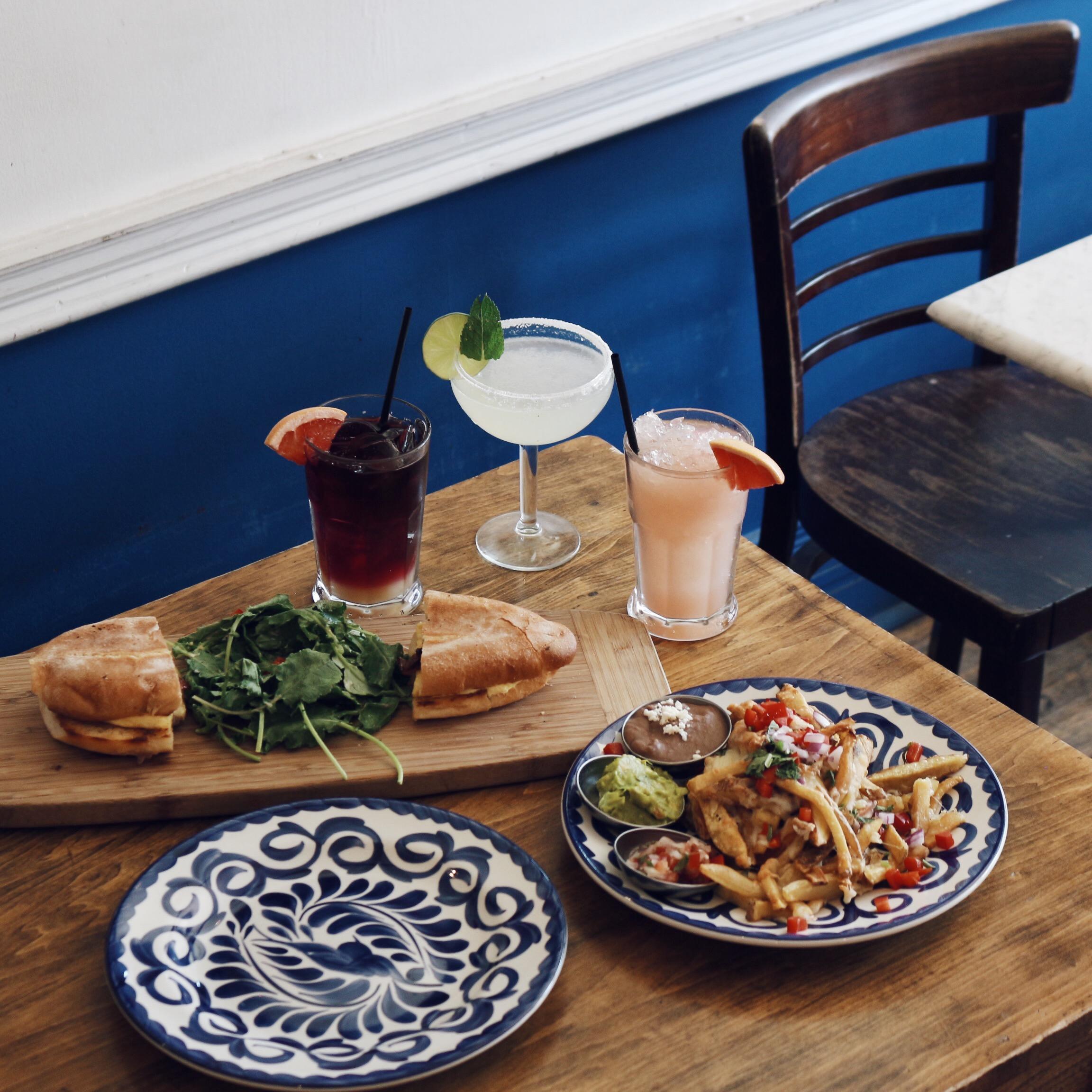Fonda Lola  has phenomenal Instagram worthy dishes for those seeking good food and good pics! ;)