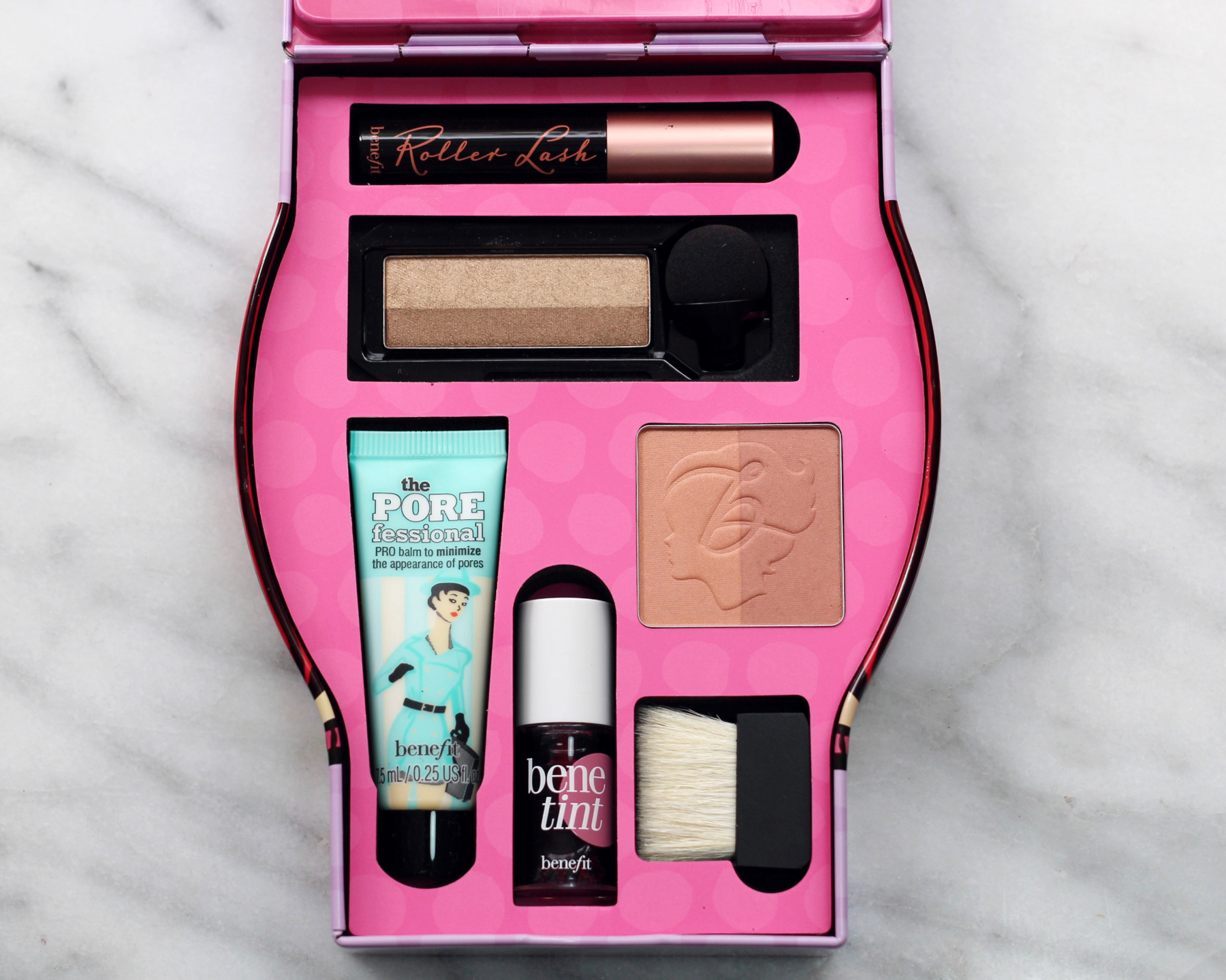 BENEFIT'S NEWEST SETS ARE THE PERFECT HOLIDAY GIFT - woahstyle.com_2003.JPG