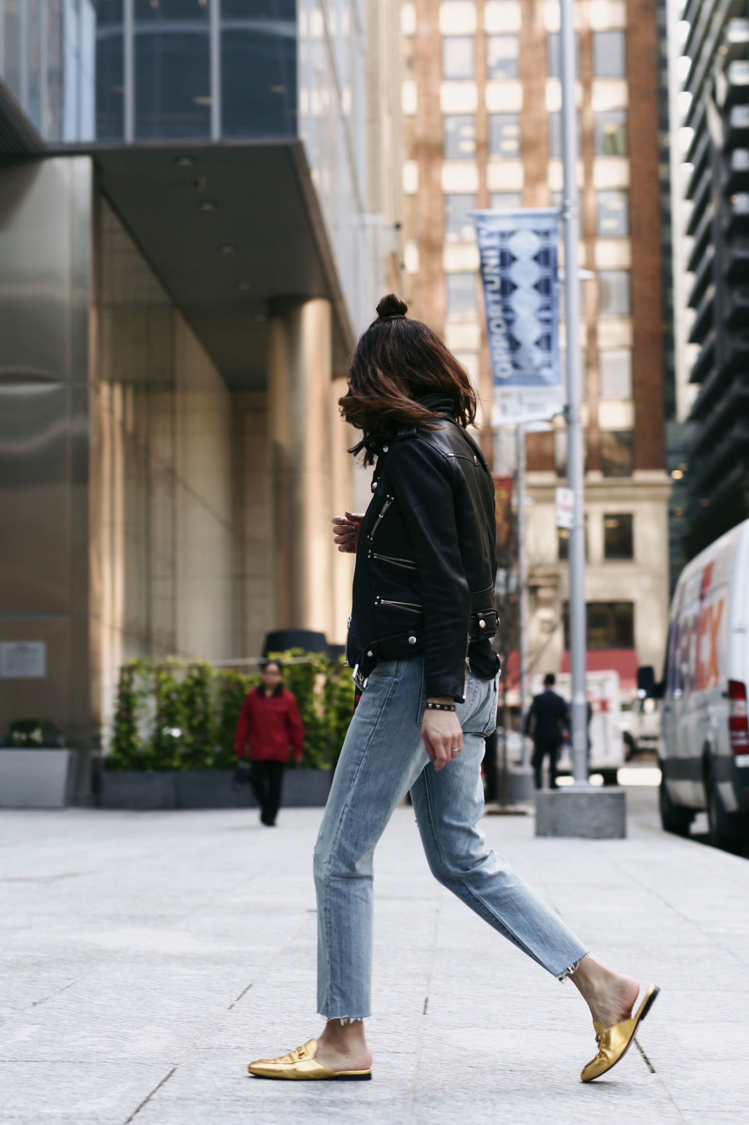 Are skinny jeans dead? My new found love of Levi's 501 - Gold gucci princetown slippers_8252.JPG