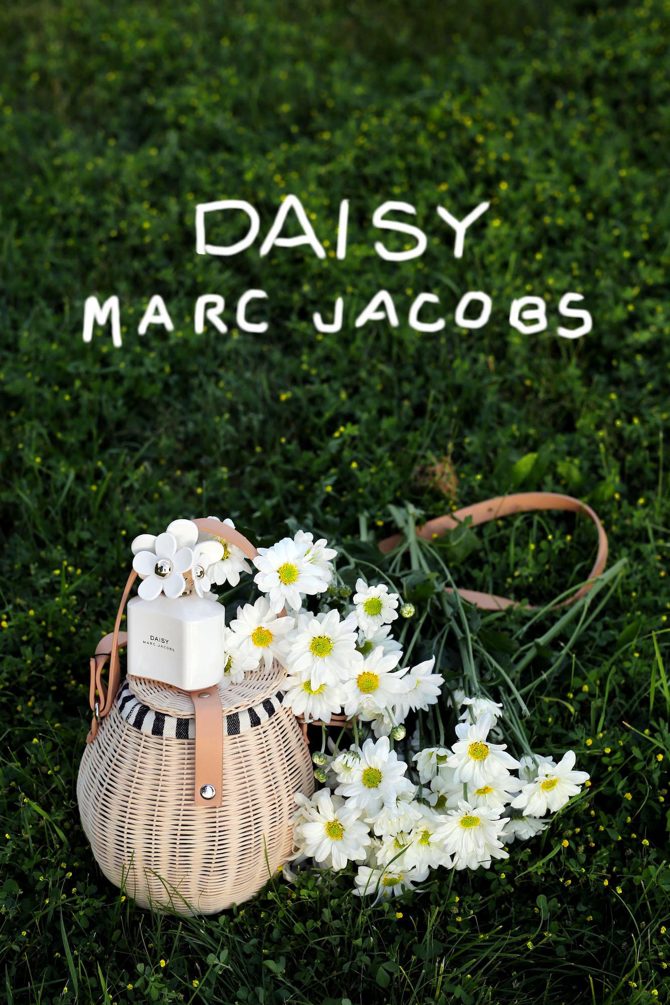 MARC JACOBS DAISY PERFUME.jpg