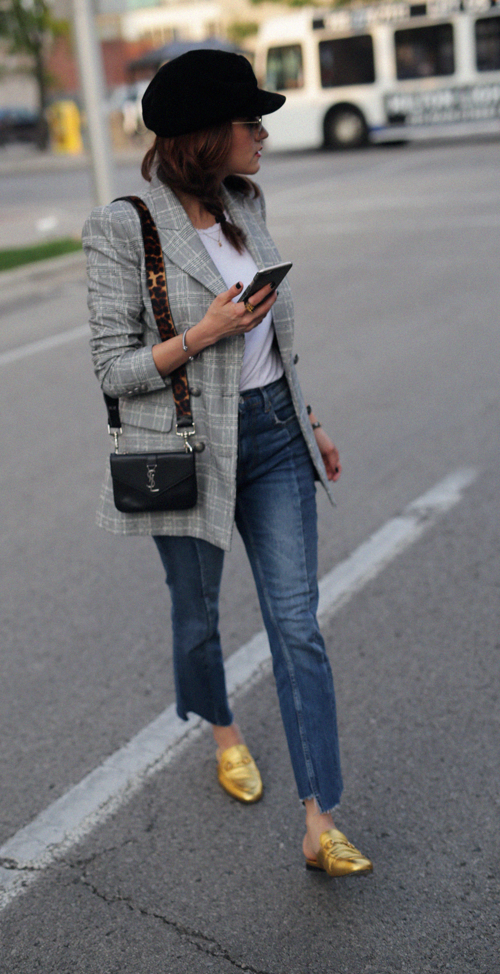 5 must have trends for fall 2017 - zara checkered blazer, gold gucci slippers, carrera bound sunlgasses, YSL crossbody bag, seam jeans_7986.jpg