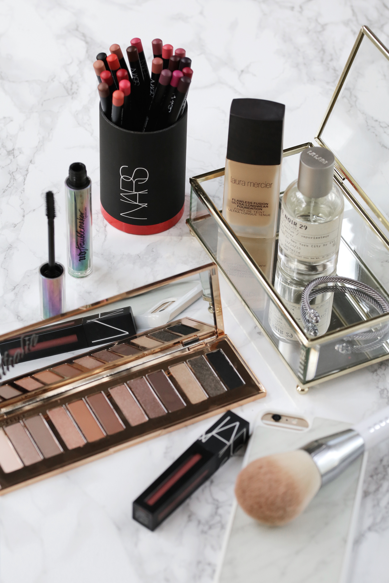 Charlotte Tilbury Hollywood eyeshadow palette and Nars Powermatte liquid lipstick_9108.jpg