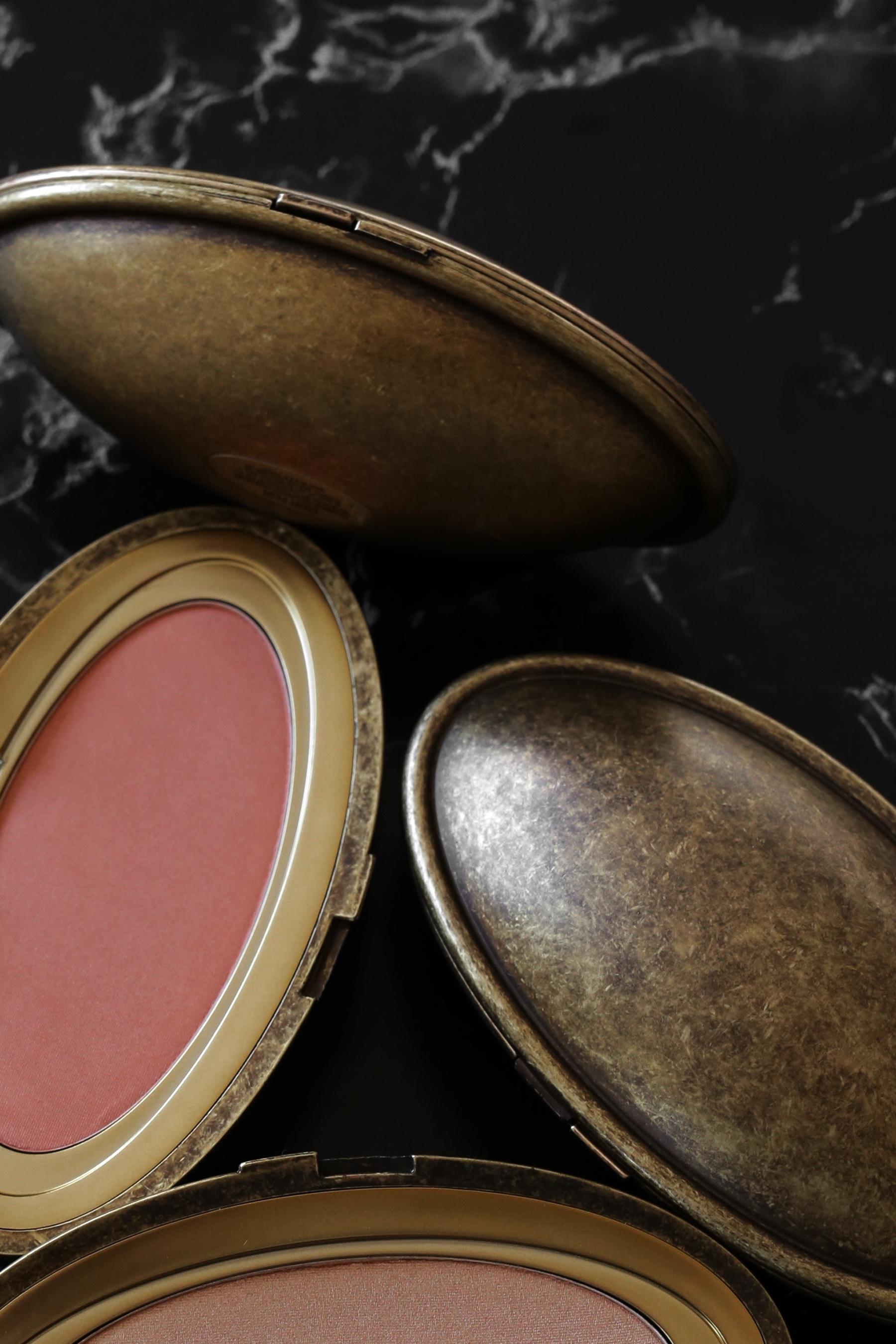 MAC x Robert Lee Morris makeup collection 2017 lipstick, blush, powder, compact, brush, beauty_5492.jpg