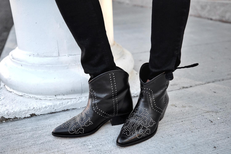Veronica Beard plaid blazer, Rag & Bone black skinny jeans, Isabel Marant black studded Dollan cowboy boots, Alexander Wang tanned Diego bag with rosegold hardwaare, street style, woahstyle.com by nathalie martin, isabel marant studded cowboy boots  15.jpg