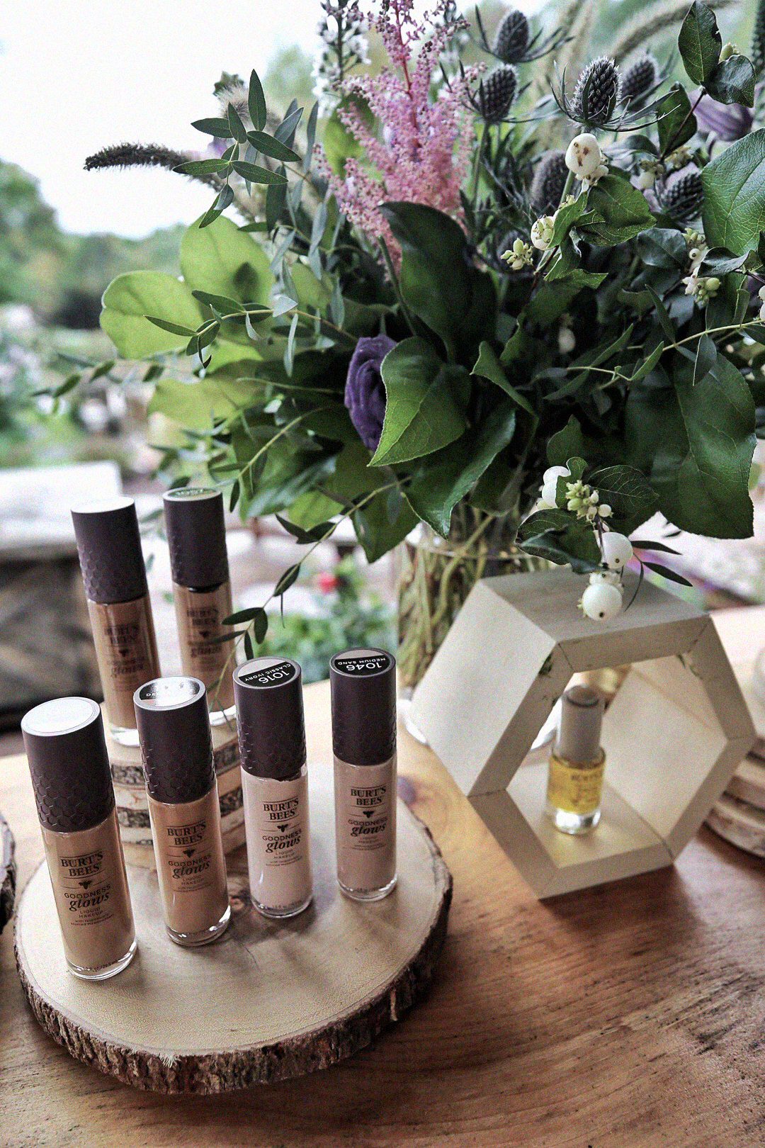 Burt's Bees 2019 launches, new foundation shades, facial oil, natural makeup skincare - photos by Nathalie Martin, woahstyle.com_0543.JPG