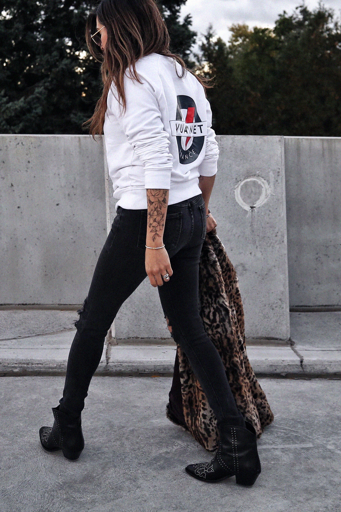 leopard print coat, rag & bone distressed jeans, isabel marant studded dollan cowboy boots, vuarnet shirt - photos by woahstyle.com, nathalie martin, fall 2018 12.jpg