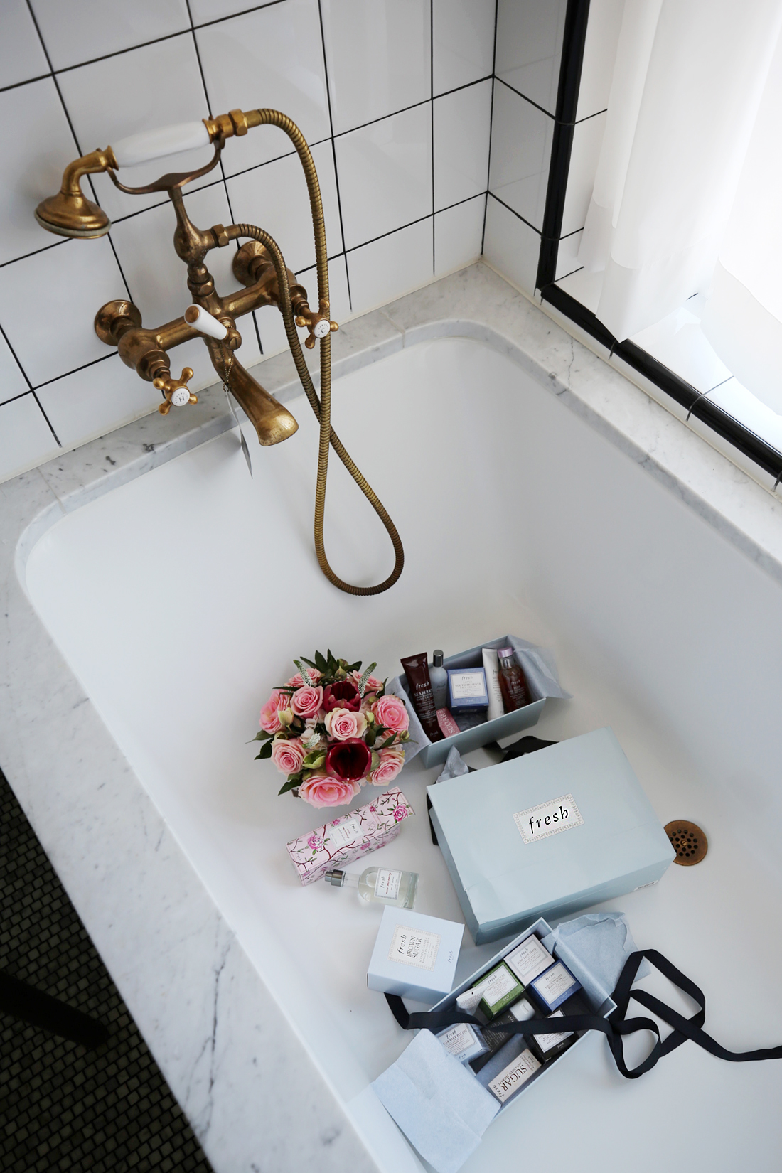 bathtub at the Ludlow Hotel NY with Fresh Beauty, photos by Nathalie Martin, woahstyle.com_0745.jpg