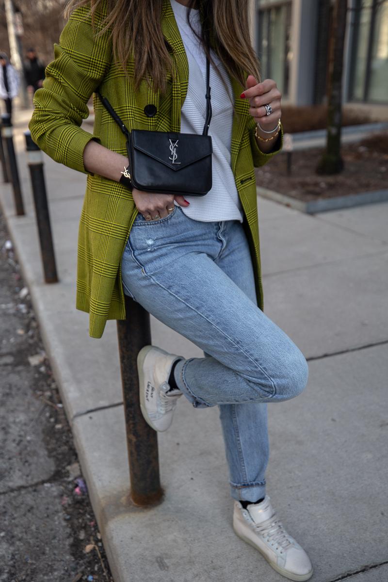 nathalie martin, robert rodriquez plaid blazer, 3.1 Phillip Lim top, Aritiza Denim Forum ex boyfriend jeans, Saint Laurent Wallet on a string crossbody and high top canvas sneakers, street style - woahstyle.com_7704.jpg