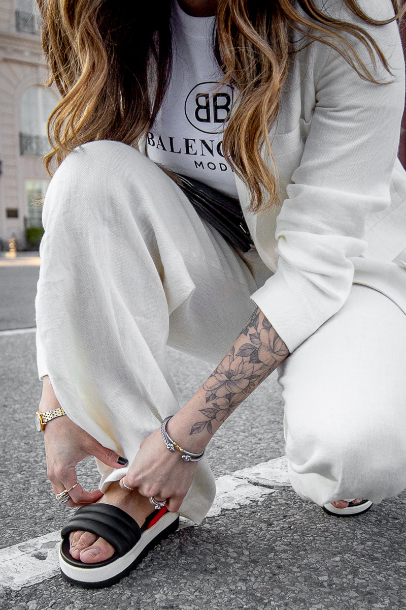 Nathalie Martin, Balenciaga Mode logo t-shirt, Zara white linen women's suit, Cougar Pippy sandal, Saint Laurent belt bag, street style, woahstyle.com_8661.jpg