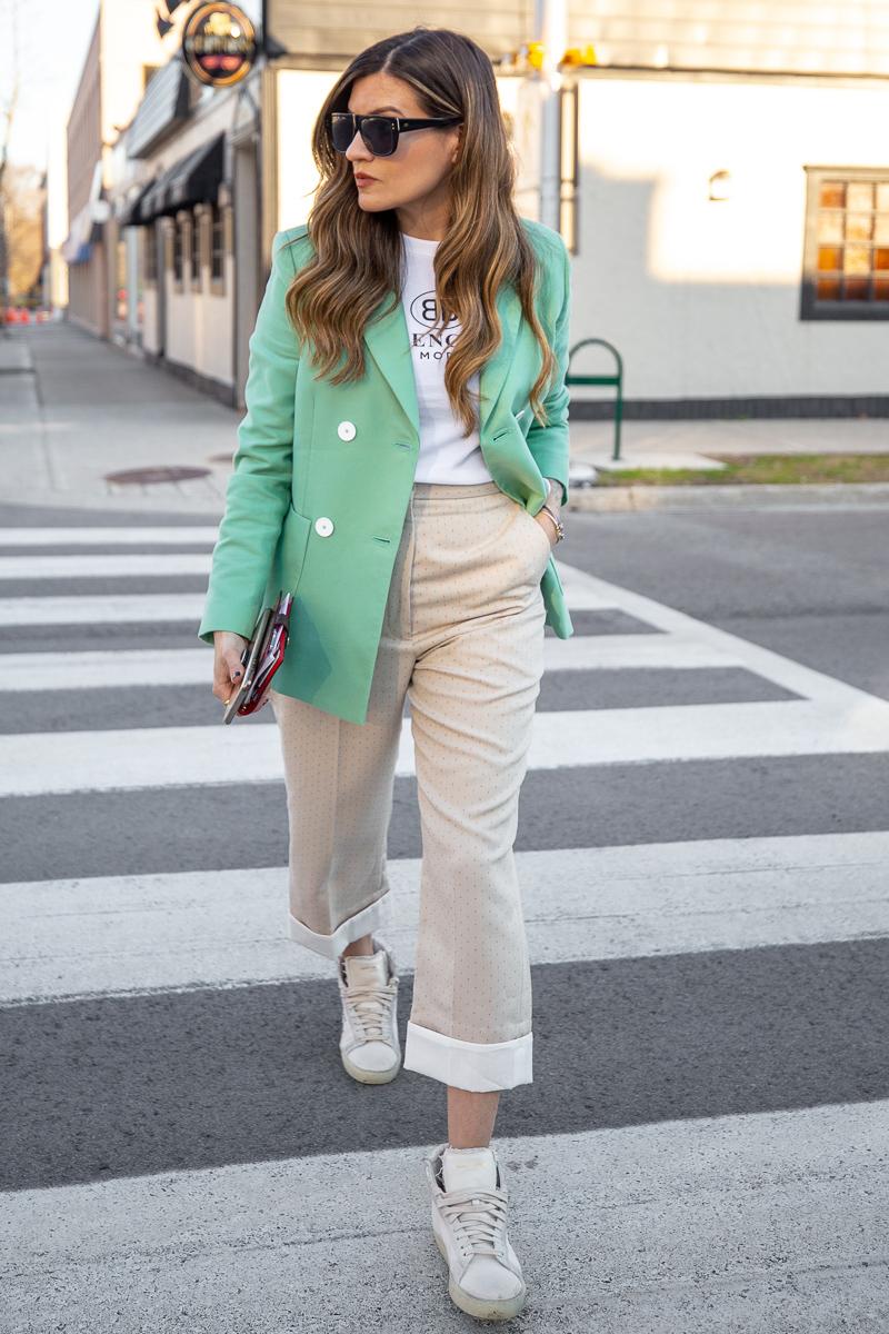 Nathalie Martin, Balenciaga Mode logo t-shirt, Sandro green blazer, beige pants with wide cuff, street style, woahstyle.com_8465.jpg