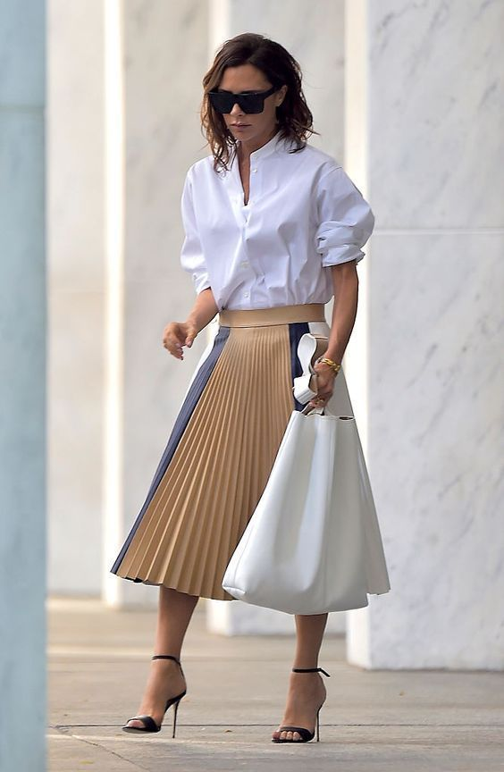 28 Of The Best Victoria Beckham Outfits 9.jpg