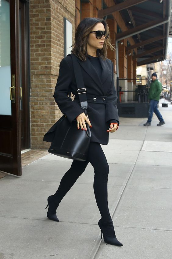 28 Of The Best Victoria Beckham Outfits 13.jpg