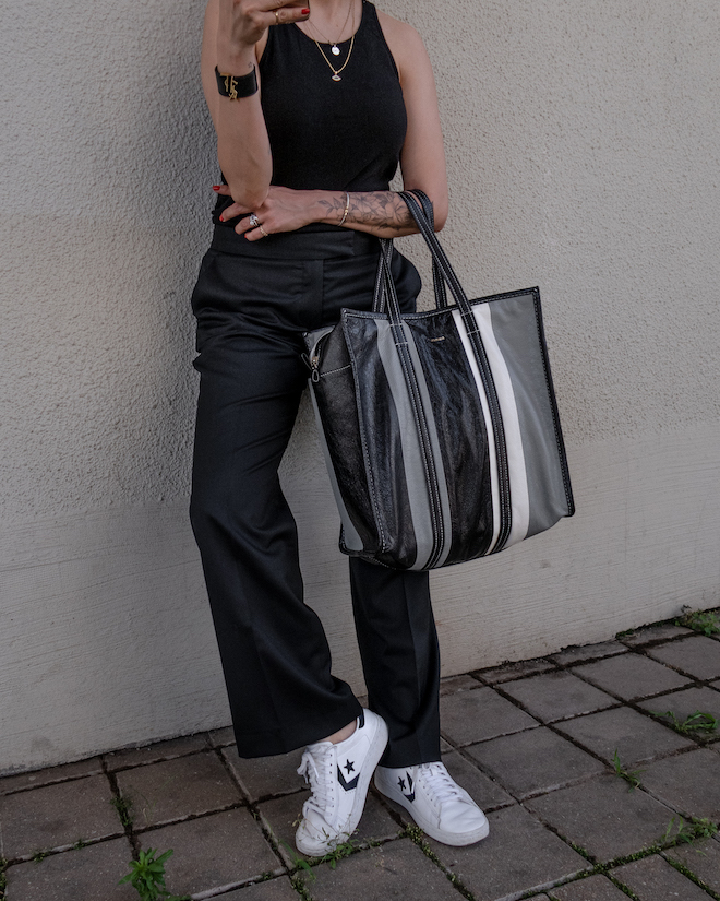 nathalie martin, all black outfit ideas to try, white sneakers, black tank, wool stella mccartney pants, balenciaga Black & Grey Medium Bazar Shopper Tote, street style, woahstyle.com_1322.jpg