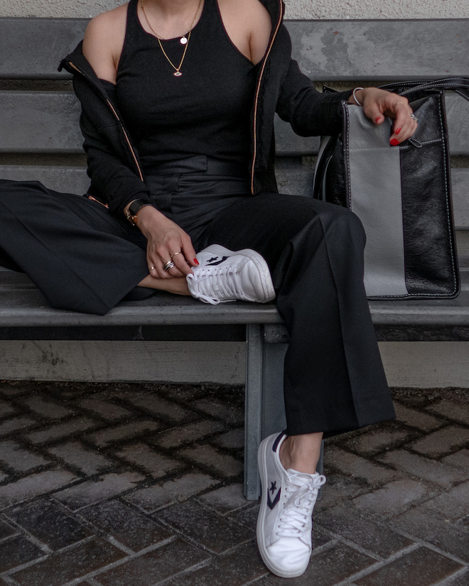 nathalie martin, all black outfit ideas to try, white sneakers, black tank, wool stella mccartney pants, balenciaga Black & Grey Medium Bazar Shopper Tote, street style, woahstyle.com_1338.jpg