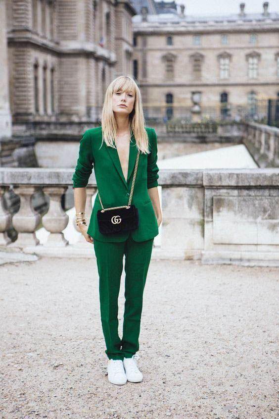 green outfit ideas - woahstyle.com @_nathaliemartin 5.jpg