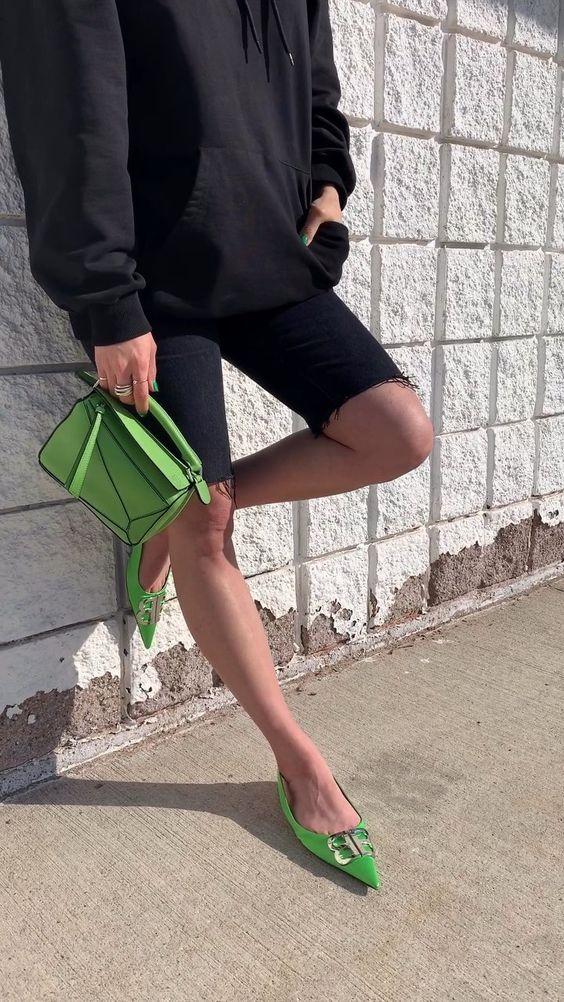 green outfit ideas - woahstyle.com @_nathaliemartin 2.jpg