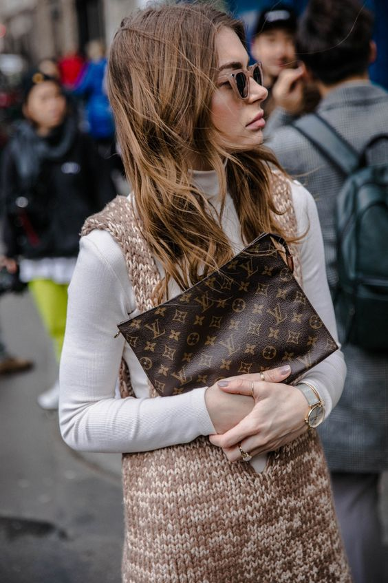 Fall Trends 2019, Neutral Colors. Louis Vuitton Toiletry Bag 16, woahstyle.com, street style inspiration.jpg