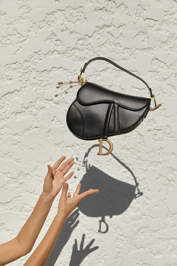 Fall Trends 2019, Neutral Colors, christian dior black saddle bag, oracle fox, woahstyle.com, street style inspiration.jpg