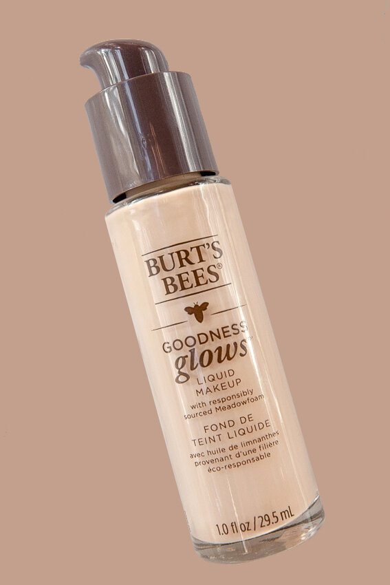 @_NathalieMartin, Burt's Bee Goodness Glows foundation review and swatches, natural makeup, the best of drug store beauty, foundation range, woahstyle.com.jpg