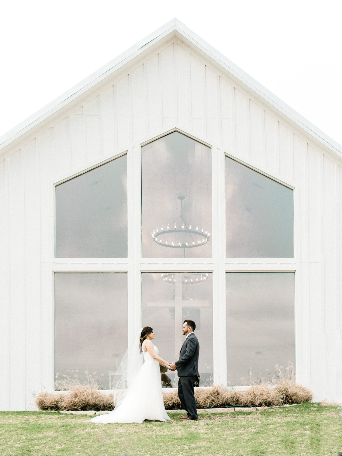 Farmhousewedding_35.jpg