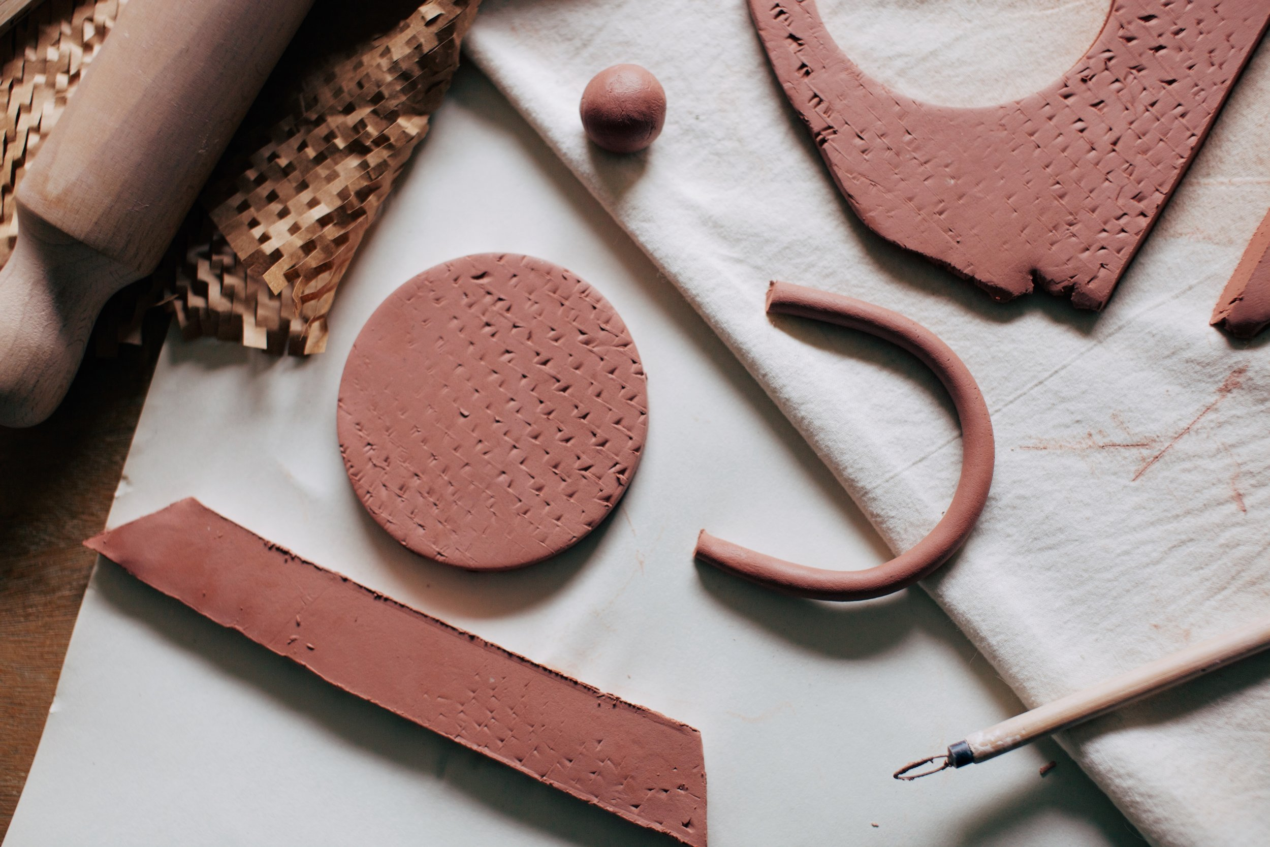 workshops. - Alichia runs and hosts various Ceramic and Woodworking workshops in and around Melbourne and Central Victoria.For all enquiries please get in touch.