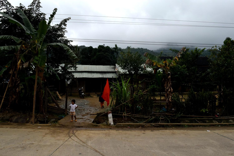 Children playing on Tet