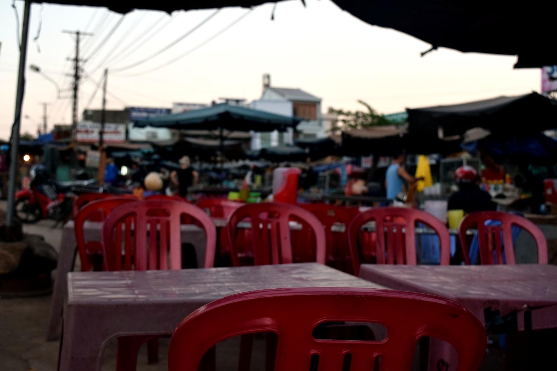 Evening market scene in Ea Drang
