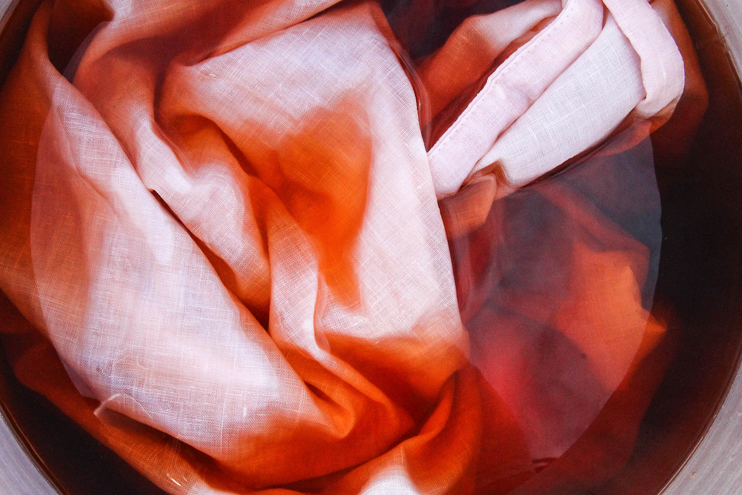 how to dye fabric pink with avocado pits