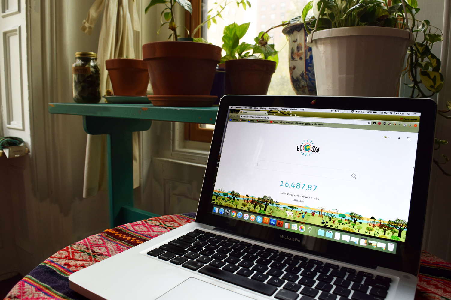 Ecosia sustainable search engine go green plant trees