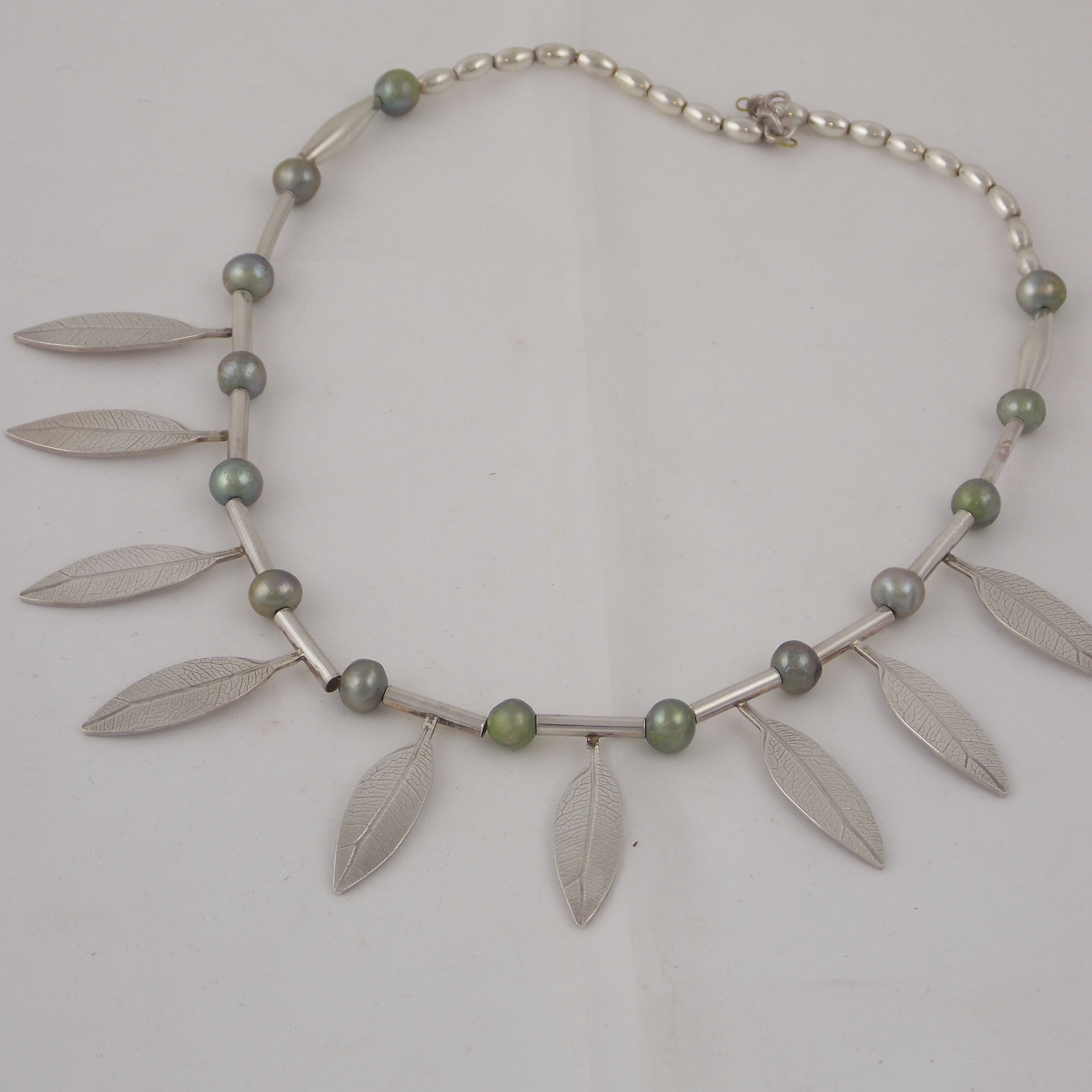 necklace leaf freshwater green pearl.jpg