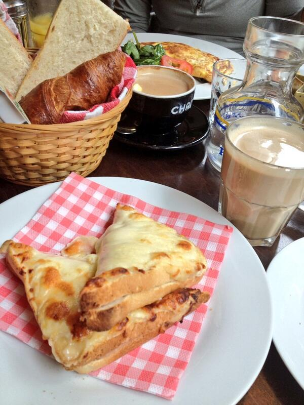 Breakfast at Le Bistro