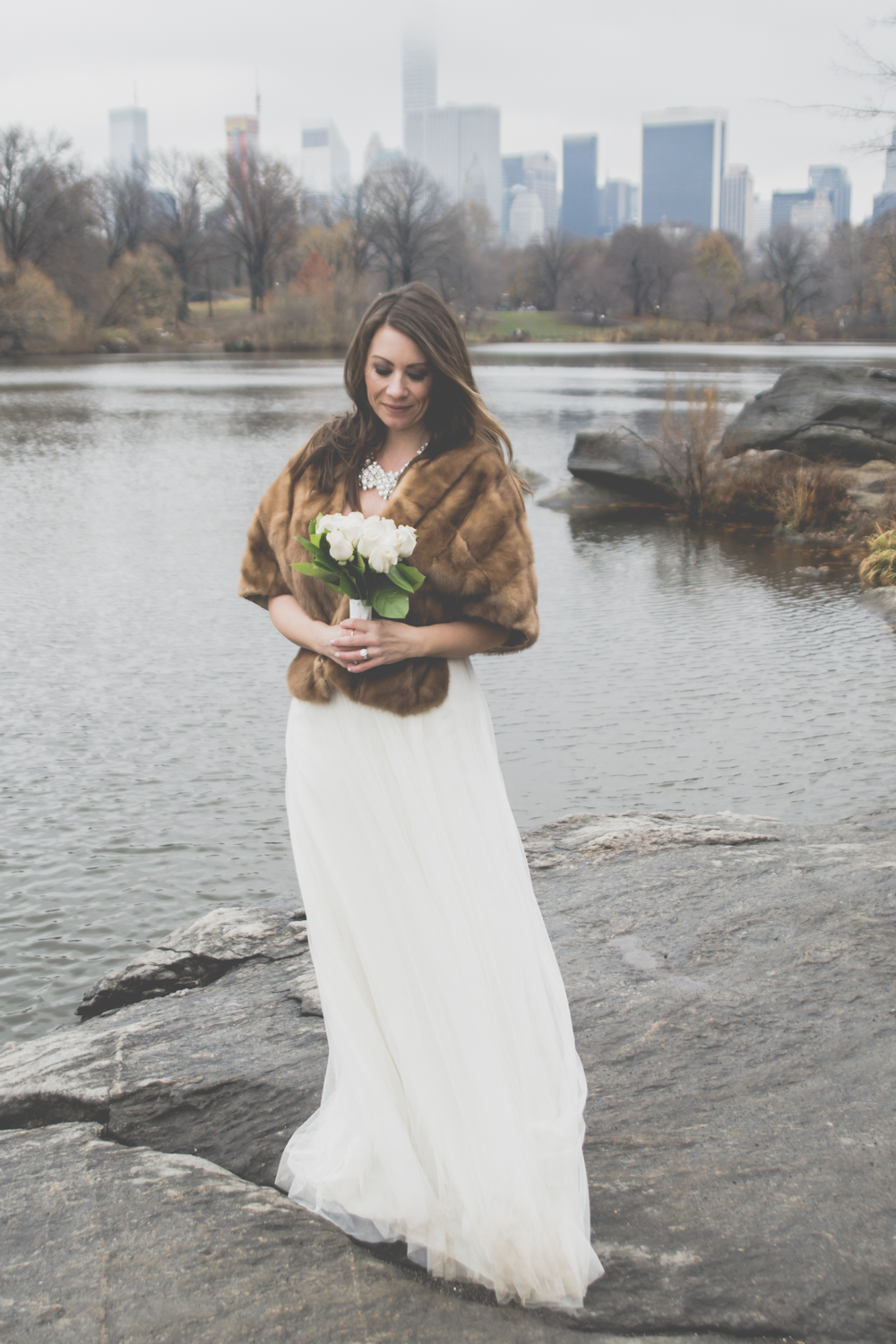 An Intimate Wintry Wedding I Image Copyright Alberto Lama Photography