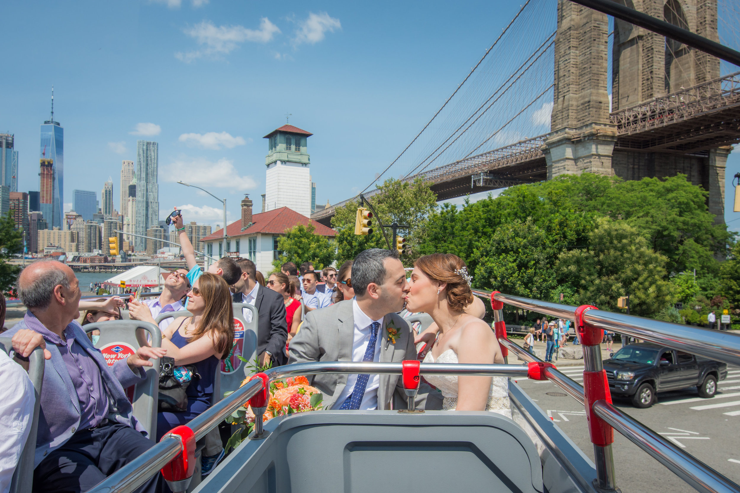Allison & David Romantic Wedding in Dumbo & Chelsea Pears by Unveiled-Weddings.com #SunsetTerrace #weddingdress #NewYorkWedding #Brooklynwedding #ChealseaPiers